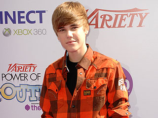 Justin Bieber First Kiss Was 'Awkward'