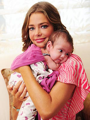 Denise Richards, Adopting Baby Eloise