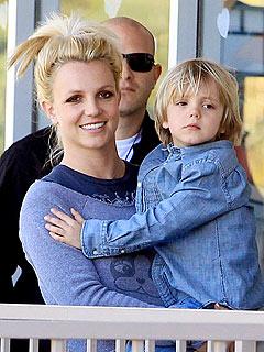 Celeb Sightings: Britney Spears, Hilary Duff, Ramona Singer, Glee
