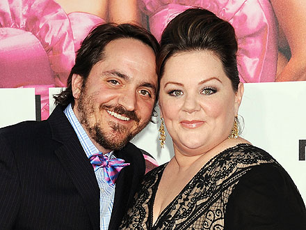 Melissa McCarthy and Hubby Get a Standing Ovation at a Steakhouse