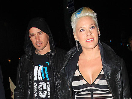 Pink & Carey Hart Bond over Tacos with Daughter Willow | Pink