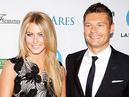 Ryan Seacrest, Julianne Hough Dine à Deux in West Hollywood