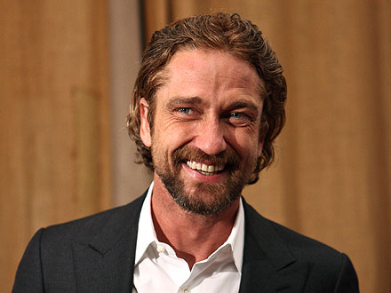 Gerard Butler Celebrates His Birthday in San Francisco