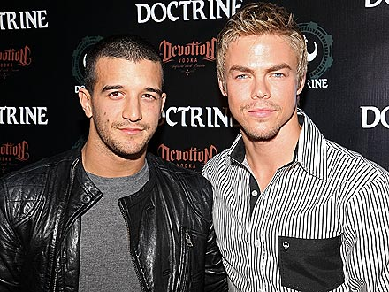 Mark Ballas & Derek Hough Catch a Jazz Concert