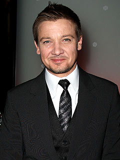 Jeremy Renner & Ryan Phillippe Party at a New York Steakhouse