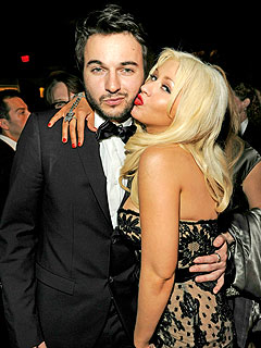 Christina Aguilera's Friends Are Worried About Her