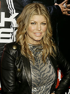 Fergie Hits the Clubs with Nicky Hilton