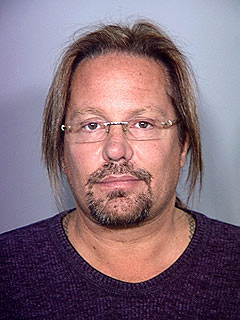 Vince Neil Goes to Jail