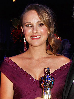 Natalie Portman Reportedly Offered Role in Indie Drama Adaline