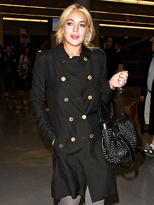 Lindsay Lohan Lands in N.Y.C. – and Has 'Anxiety Attack'