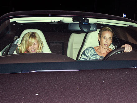 Reese Witherspoon, Chelsea Handler Have Dinner in L.A.