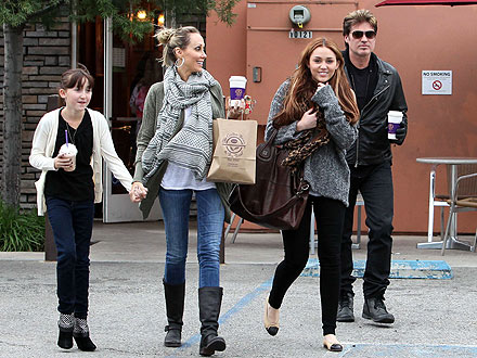 Miley Cyrus, Billy Ray Photos: Family Outing