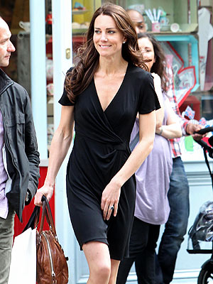 Kate Middleton Makes a Pre-Tour Salon Visit