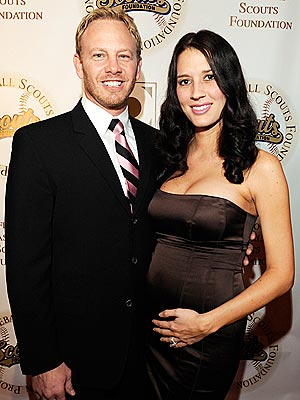 90210's Ian Ziering Welcomes Daughter