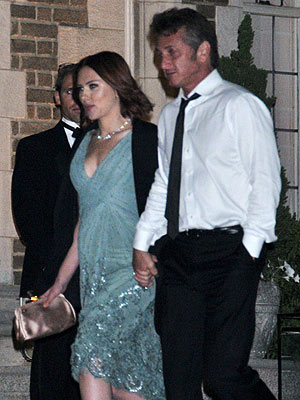 Scarlett Johansson, Sean Penn Hold Hands