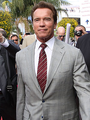 Arnold Schwarzenegger Halts Acting Projects