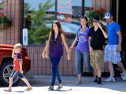Justin Bieber Takes Selena Gomez Home