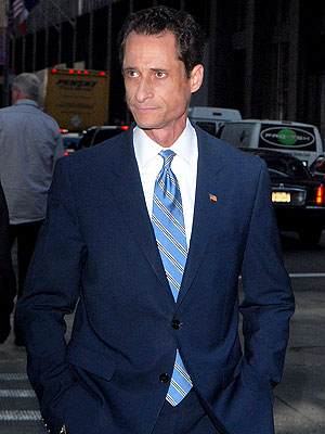 Anthony Weiner to Seek Treatment to Become a 'Better Husband'