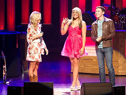 Scotty McCreery and Lauren Alaina Meet Carrie Underwood's Nashville