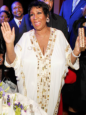 Aretha Franklin Fractures Toe