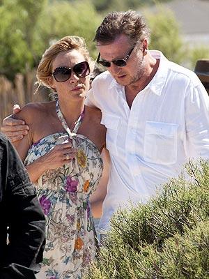 Liam Neeson Sticks Close to His New Girlfriend in Paris