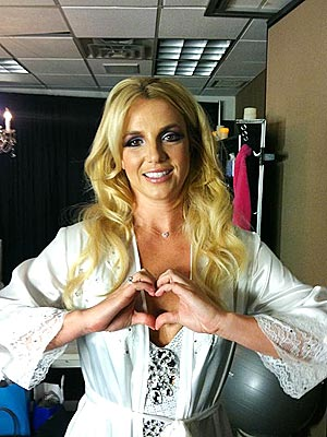 Britney Spears Is Reading Up on Love & Romance