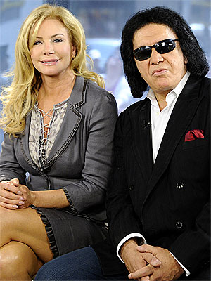 Gene Simmons and Fiancée Shannon Tweed Have Breakfast for Lunch