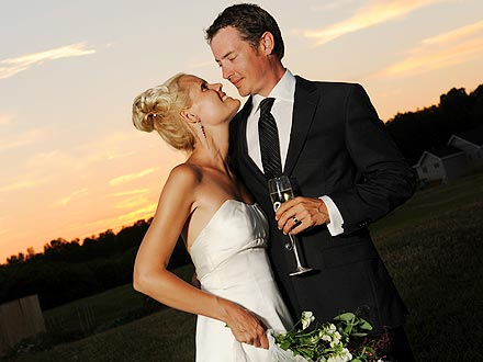 Jason London Married Sofia Karstens: See Wedding Pictures