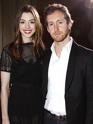 Anne Hathaway: 'Very Much in Love' with Adam Shulman