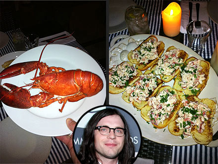 Nathan Followill of Kings of Leon Makes Lobster Rolls Picture