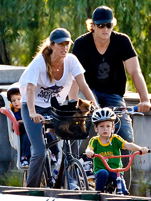 Gisele Bundchen, Tom Brady Bike with Kids in Boston: Pictures