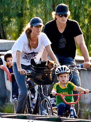 Gisele Bundchen, Tom Brady Bike with Kids in Boston: Pictures
