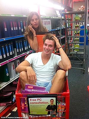 Maria Shriver, Patrick Schwarzenegger Shopping