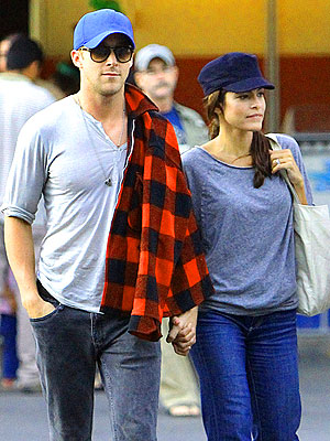Ryan Gosling Dating Eva Mendes?