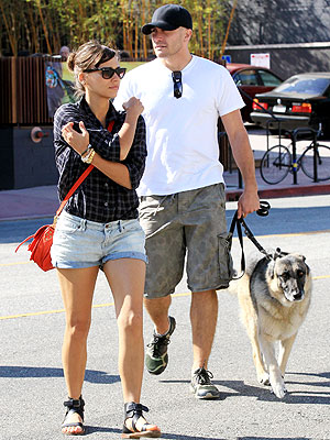 Jake Gyllenhaal, Rashida Jones Have Lunch in Los Angeles