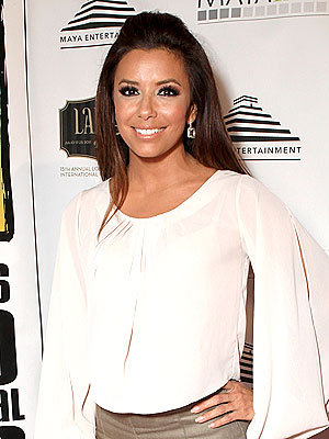 Eva Longoria Says She's Still a 'Hopeless Romantic'