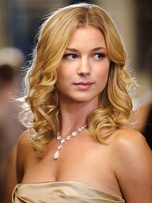 Revenge: Sneak Peek at Emily VanCamp's New Show