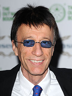 Robin Gibb Comes Out of Coma