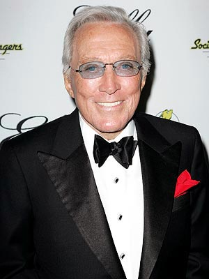 Andy Williams, 'Moon River' Singer, Dies at 84