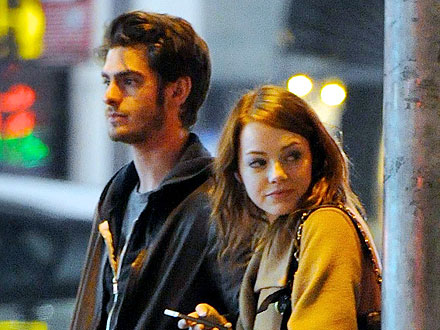Emma Stone & Andrew Garfield Have a Date with Elmo | Andrew Garfield, Emma Stone