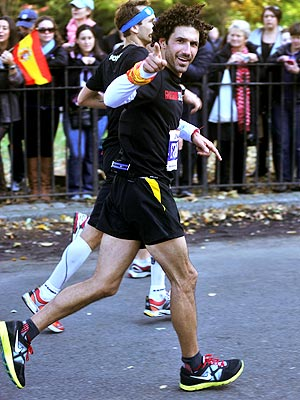 NYC Marathon: Ethan Zohn's Emotional Run to Crush Cancer