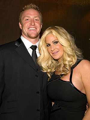 Kim Zolciak Marries Atlanta Falcons&#39; Kroy Biermann on 11 11 11