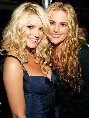 Jessica Simpson's Pregnancy: Is It Rubbing Off on Pals?