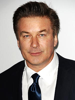 Alec Baldwin Kicked Off Plane: His Response on Huffington Post