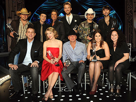 CMT Artists of the Year: Taylor Swift, Brad Paisley Eat Menu by Stephanie Izard