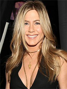 Rumor Patrol: Jennifer Aniston Not Adopting Any Dogs