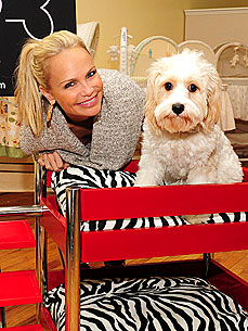 Kristin Chenoweth Goes Bed Shopping – for Her New Dog!