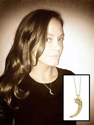 Rose McGowan, Owl Claw Necklace for Less