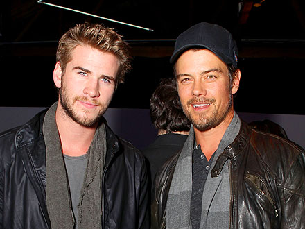 Josh Duhamel & Liam Hemsworth Pal Around at an L.A. Party