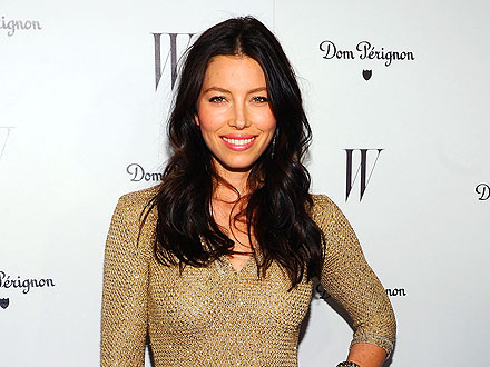 Jessica Biel Shows Off a Sparkling Engagement Ring at Chateau Marmont